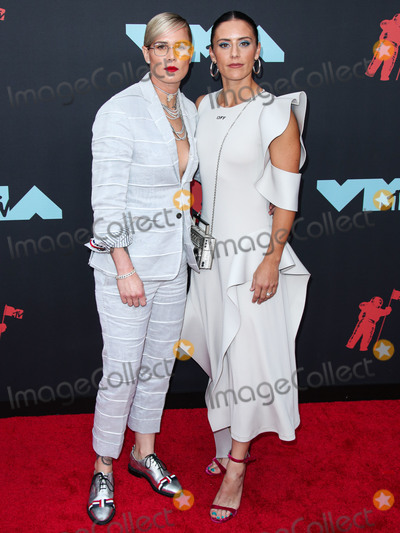 Ali Krieger Photo - NEWARK NEW JERSEY USA - AUGUST 26 American soccer players Ashlyn Harris and Ali Krieger arrive at the 2019 MTV Video Music Awards held at the Prudential Center on August 26 2019 in Newark New Jersey United States (Photo by Xavier CollinImage Press Agency)