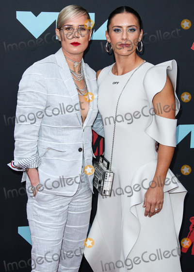 Ashlyn Harris Photo - NEWARK NEW JERSEY USA - AUGUST 26 American soccer players Ashlyn Harris and Ali Krieger arrive at the 2019 MTV Video Music Awards held at the Prudential Center on August 26 2019 in Newark New Jersey United States (Photo by Xavier CollinImage Press Agency)
