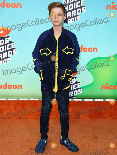 Avi Angel Photo - LOS ANGELES CA USA - MARCH 23 Avi Angel arrives at Nickelodeons 2019 Kids Choice Awards held at the USC Galen Center on March 23 2019 in Los Angeles California United States (Photo by Xavier CollinImage Press Agency)