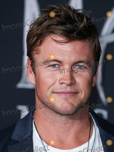 LUKE HEMSWORTH Photo - HOLLYWOOD LOS ANGELES CALIFORNIA USA - SEPTEMBER 30 Luke Hemsworth arrives at the World Premiere Of Disneys Maleficent Mistress Of Evil held at the El Capitan Theatre on September 30 2019 in Hollywood Los Angeles California United States (Photo by Xavier CollinImage Press Agency)