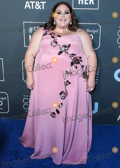 Anya Hindmarch Photo - SANTA MONICA LOS ANGELES CA USA - JANUARY 13 Actress Chrissy Metz wearing a Kate Spade dress Stuart Weitzman shoes David Webb earrings and ring Graziela Gems rings and an Anya Hindmarch clutch arrives at the 24th Annual Critics Choice Awards held at the Barker Hangar on January 13 2019 in Santa Monica Los Angeles California United States (Photo by Xavier CollinImage Press Agency)