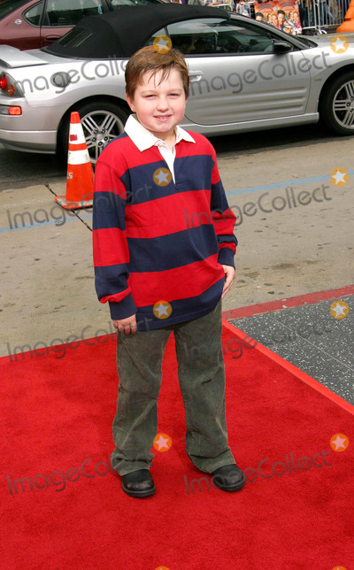 Angus Jones Photo - Looney Tunes Back in Action - Us Premiere at Graumans Chinese Theatre Hollywood CA 11092003 Photo by Ed Geller  Egi  Globe Photos Inc 2003 Angus Jones