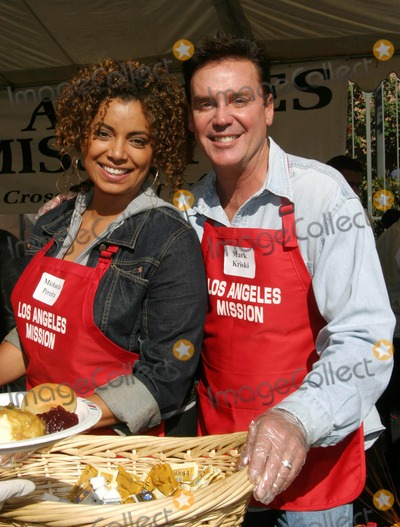 Michaela Pereira Photo - Michaela Pereira Mark Kriski - Celebrities Reach Out to the Homeless at the Los Angeles Mission Thanksgiving Dinner 2004 - Los Angeles CA - 11242004 - Photo by Nina PrommerGlobe Photos Inc2004