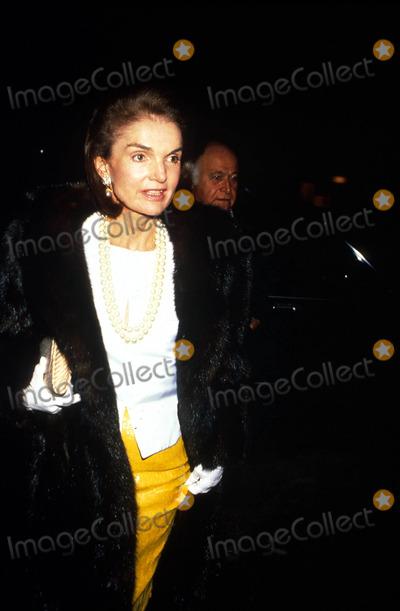 Jacqueline Kennedy Onassis Photo - Jacqueline Kennedy Onassis F9215 1989 Photo by Michael FergusonGlobe Photos Inc Jacquelinekennedyonassisretro