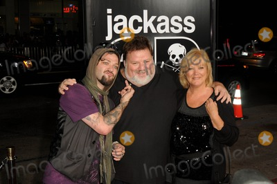 April Margera Photo - Bam Margera Phil Margera April Margera attending the Los Angeles Premiere of Jackass 3d Held at the Graumans Chinese Theatre in Hollywood California on October 13 2010 Photo by D Long- Globe Photos Inc 2010