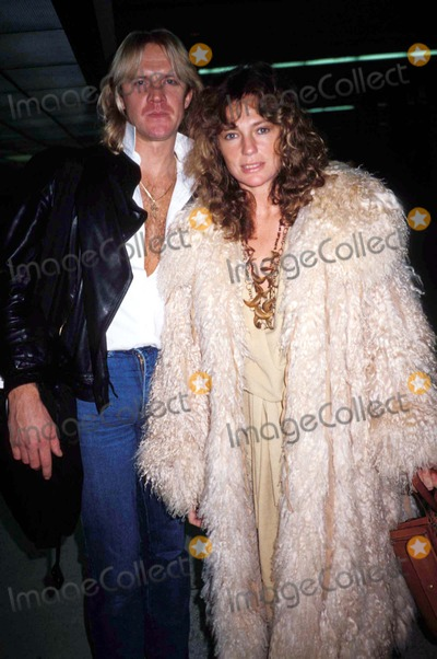 Alexander Godunov Photo - Jacqueline Bisset and Alexander Godunov 1983 Photo by Michelson-Globe Photos