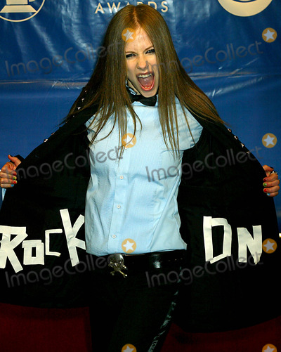 Avril Lavigne Photo - Avril Lavigne K29244smo Sd0223 the 45th Annual Grammy Awards (Arrivals) at Madison Square Garden in New York City Photo Bysonia MoskowitzGlobe Photos Inc