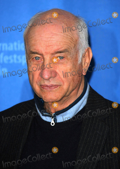 Armin Mueller-Stahl Photo - ARMIN MUELLER-STAHLACTORATTENDS THE PHOTOCALL FOR THE INTERNATIONAL AT THE BERLIN GRAND HYATT HOTEL DURING THE 59TH BERLIN INTERNATIONAL FILM FESTIVAL 2009THE GRAND HYATT POTSDAMER PLATZ BERLIN 02-05-2009PHOTO BY DAVE GADD-ALLSTAR-GLOBE PHOTOS INC  2009K60975