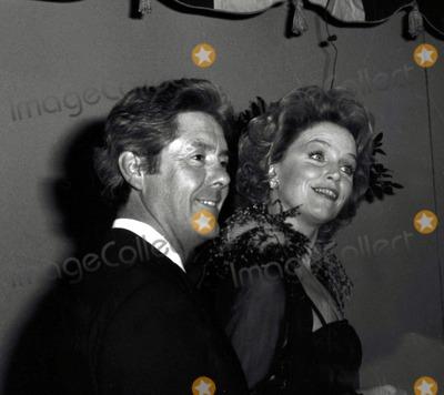 Lee Remick Photo - Lee Remickkip Gowan Simon Weisenthal Award Photo Alan DerekGlobe Photos Inc