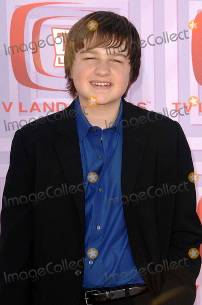 Angus T Jones Photo - Angus T Jones attends the 7th Annual Tv Land Awards Held at Universal City Gibson Amphitheatre in Los Angeles California on 4-19-09 Photo by David Longendyke-Globe Photos Inc 2009
