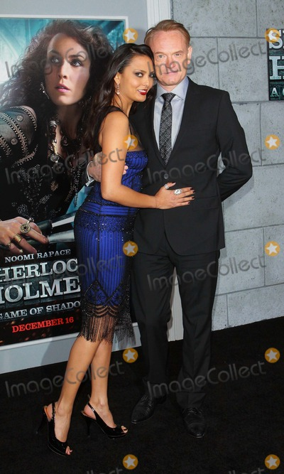Allegra Riggio Photo - Jared Harris and Allegra Riggio Sherlock Holmes a Game of Shadows Los Angeles Premiere Held at the Village Theaterwestwoodca December 6 - 2011 Photo Tleopold - Globe Photos Inc