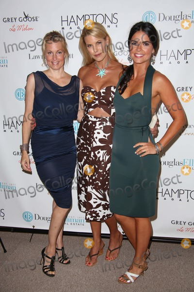 Ali Wentworth Photo - Hamptons Magazine Annual Arthampton Celebration Arthamptons at Novas Art Project Bridgehampton NY July 11 2014 Photos by Sonia Moskowitz Globe Photos Inc Ali Wentworth Beth Stern Katie Lee