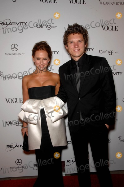 Alex Beh Photo - Jennifer Love Hewitt and Alex Beh During the Art of Elysium 4th Annual Black Tie Charity Gala Haven Held at the Annenberg Building at the California Science Center on January 15 2011 in Los Angeles photo Michael Germana - Globe Photos Inc 2011