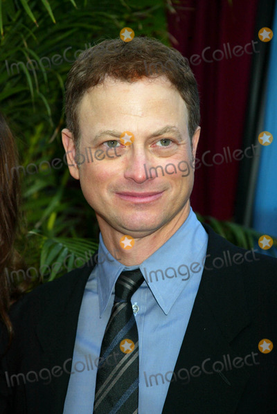Gary Sinise Photo - 2004-2005 Cbs Upfront Party at Tavern on the Green  New York City 05192004 Photo by Sonia MoskowitzGlobe Photosinc Gary Sinise