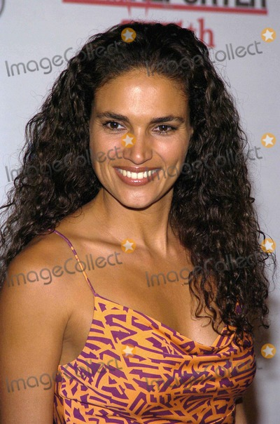 Wanda Acuna Photo - the Hollywood Repoprter 75th Anniversary Gala Presented by Audithe Pacific Design Centerwest Hollywood CA 09-13-05 Photodavid Longendyke-Globe Photos Inc 2005 Image Wanda Acuna