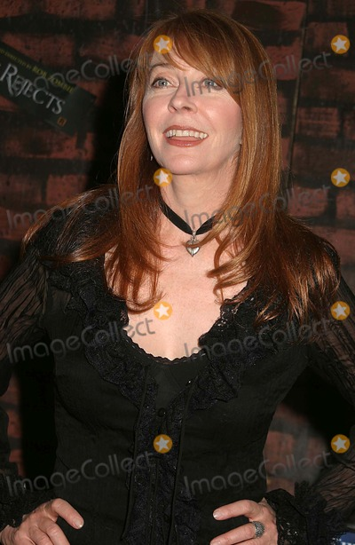Cassandra Peterson Photo - 2006 Big Apple Comic Book Art Toy and Sci-fi Expo Was Held at the Penn Palza Pavillion New York City 03-31-2006 Photo Paul Schmulbach-Globe Photos Inc 2006 Cassandra Peterson Elvira