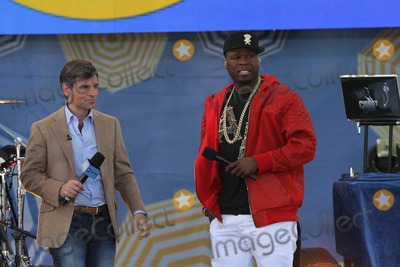 Curtis Jackson Photo - Curtis  Fifty Cent Jackson Performs For Abcs Good Morning America Concert Series in New Yorks Central Park George Talks to Curtis Jackson Aka 50 Cent Photo by Bruce Cotler-Globe Photosinc
