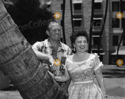 Art Linkletter Photo - Art Linkletter with Wife Lois Foerster Supplied by Globe Photos Inc Artlinkletterretro