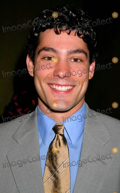 Adam Larson Photo - an Evening with the Stars Gala Hosted by the Pancreatic Cancer Action Network at the Beverly Hilton Hotel Beverly Hills CA (111304) Clinton HwallaceipolGlobe Photos 2004 Adam Larson