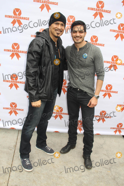 Benny Nieves Photo - 6th Annual Celebrity Blood Drive Benefiting Childrens Hospital Los Angeles Hollywood CA 12052014 Benny Nieves and Nicholas Gonzalez Clinton H WallaceipolGlobe Photos Inc