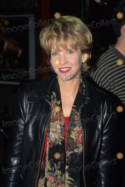 Nancy Allen Photo - Nancy Allen 1997 American Werewolf in Paris Photo by Michelson-Globe Photos Inc