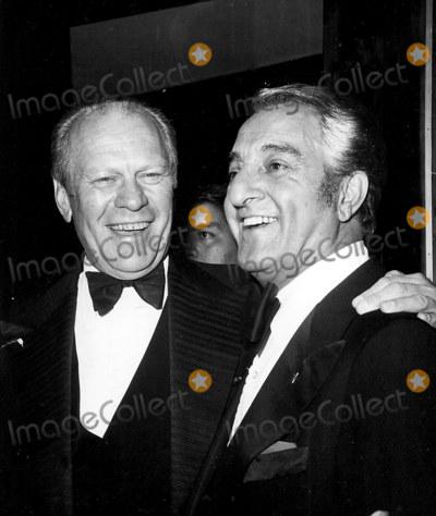 Danny Thomas Photo - Gerald Ford and Danny Thomas Photonate CutlerGlobe Photos Inc A3017 Geraldfordretro
