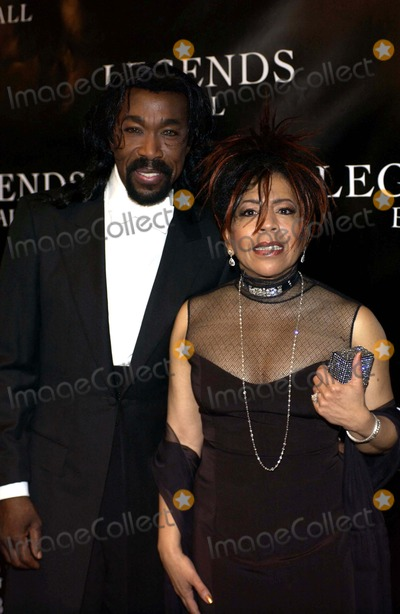 Ashford  Simpson Photo - K43213VGOPRAH WINFREY HOSTS LEGENDS BALL A WHITE TIE GALA TO PAY TRIBUTE TO WOMEN WHO HAVE PAVED THE WAY IN ARTS ENTERTAINMENT AND CIVIL RIGHTS AND BUILT A BRIDGE TO NOW AT THE BACARA RESORT SANTA BARBARA CALIFORNIA  05-14-2005PHOTO BY VALERIE GOODLOE-GLOBE PHOTOS INC  2005ASHFORD AND SIMPSON