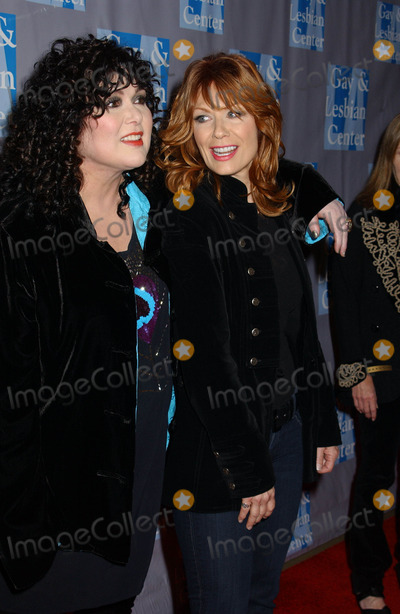 Ann Wilson Photo - Ann Wilson and Nancy Wilson the LA Gay and Lesbian Centers an Evening with Women Celebrating Art Music and Equality Held at the Beverly Hilton Hotel Beverly Hills California 05-01-2010 Photo by Phil Roach-ipol-Globe Photos Inc 2010