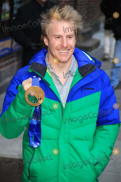 Ted Ligety Photo - Ted Ligety- Us Olympic Gold Medal at Giant Slalom Skiing at Late Night with David Letterman 2-25-2014 John BarrettGlobe Photos