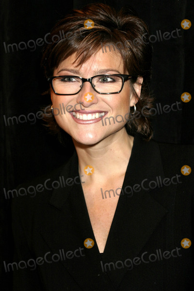 ASHLEY BANFIELD Photo - December 2003 - New York _ Ashleigh Banfield(nbc) - attends the 2003 Muse Awards Luncheon Presented by New York Women in Film  Television at New York Hilton Hotel Photo Byanthony MooreGlobe Photos Inc 2003