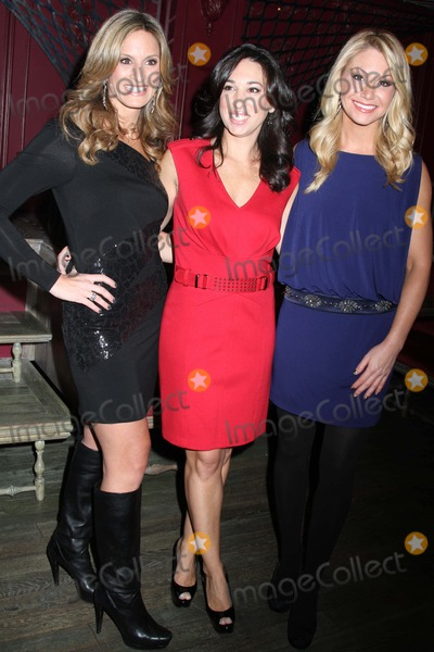 Raina Seitel Photo - Moms and the City Celebrates the release of Kris Jenners new book Kris JennerAnd All Things KardashianThe Darby Restaurant NYCNovember 2 2011Photos by Sonia Moskowitz Globe Photos Inc 2011DENISE ALBERT MELISSA GERSTEIN RAINA SEITEL-Moms and the City
