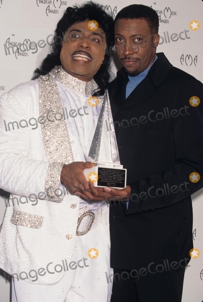 Little Richard Photo - Arsenio Hall with Little Richard the 24th American Music Awards 1997 K7546lr Photo by Lisa Rose-Globe Photos Inc