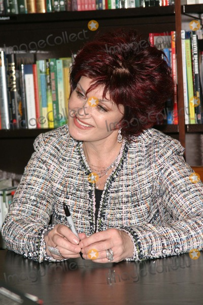 Aimee Kelly Photo - SHARON OSBOURNE -SHARON OSBOURNE AND JACK OSBOURNE ATTEND A BOOK SIGNING FOR THEIR BOOK OUR STORY OZZY AND SHARON OSBOURNE WITH AIMEE KELLY AND JACK -BARNES  NOBLE THE GROVE LOS ANGELES CA -02192004 -PHOTO BY NINA PROMMERGLOBE PHOTOS INC2004K35566NP