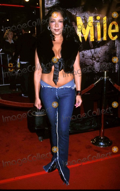 Apollonia Kotero Photo - Apollonia Kotero 8 Mile Premiere Village Theatre Westwood CA November 6 2002 Photo by Clinton H WallaceipolGlobe Photos Inc 2002