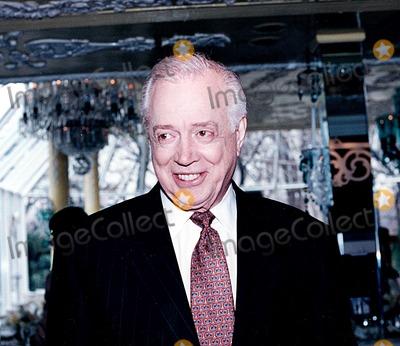 Hugh Downs Photo - Hugh Downs in New York City 2-1998 Photo by Lynsey Addario-ipol-Globe Photos Inc