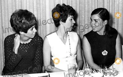 Vicki Lawrence Photo - Vicki Lawrence Carol Burnett with Her Sister SnGlobe Photos Inc Carolburnettretro