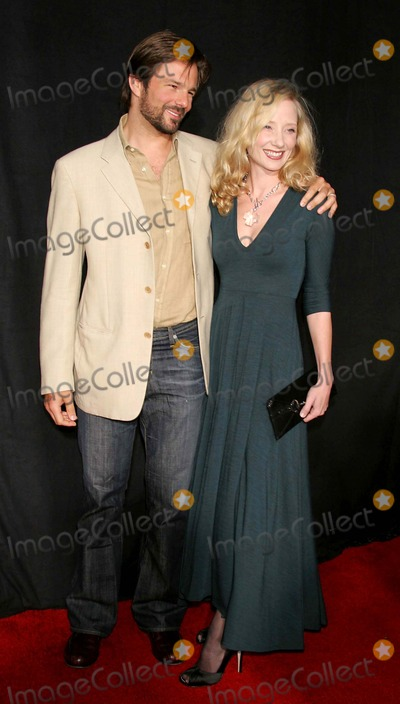 Coley Laffoon Photo - Premiere Niptuc the El Capitan Theatre Hollywood CA 09-10-2005 Photo by Milan Globe Photos Inc 2005 Anne Heche and Husband Coleman Coley Laffoon