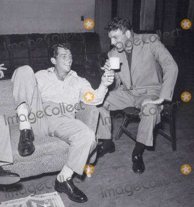 Burt Lancaster Photo - Burt Lancaster and Dean Martin Photo Globe Photos Inc