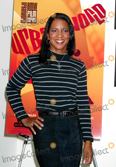April Weeden Washington Photo - I8183CHW URBANWORLD FOUNDATION  BMW FILMS SPECIAL SCREENINGAND RECEPTION CELEBRATING THE BLACK FILM RESTORATION PROJECTSOF AFI AND THE LIBRARY OF CONGRESSAT  ARCLIGHT THEATRES HOLLYWOOD CA11172003PHOTO BY CLINTON H WALLACE  IPOL  GLOBE PHOTOS INC  2003APRIL WEEDEN WASHINGTON ( STUNT WOMAN )