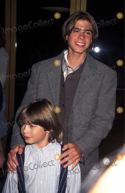 Andrew Lawrence Photo - Steal Big Steal Little Premiere Matthew Lawrence and Andrew Lawrence 1995 Photo by Lisa RoseGlobe Photos