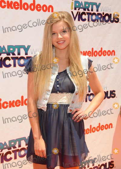 Ana Mulvoy-Ten Photo - Ana Mulvoy Ten attending the Nickelodeon Iparty with Victorious Premiere Held at the Lot in West Hollywood California on 6411photo by D Long- Globe Photos Inc  2011