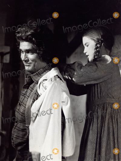 Michael London Photo - Michael London with Melissa Gilbert the Pride of Walnut Grove on Little House on the Prairie 1976 Supplied by Globe Photos Inc