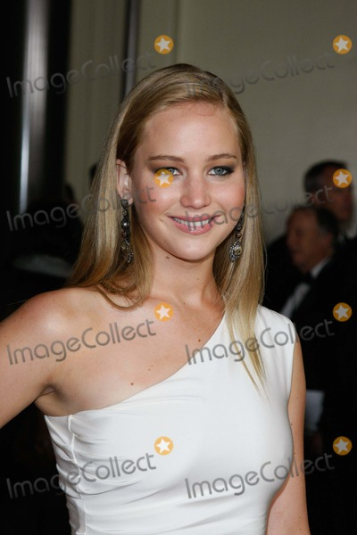 Jennifer Lawrence Photo - Actress Jennifer Lawrence Arrives at the 63rd Annual Dga Awards Presented by the Directors Guild of America at the Grand Ballroom of Hollywood  Highland in Los Angeles USA on 29 January 2011 photo Alec Michael-globe Photos Inc 2011