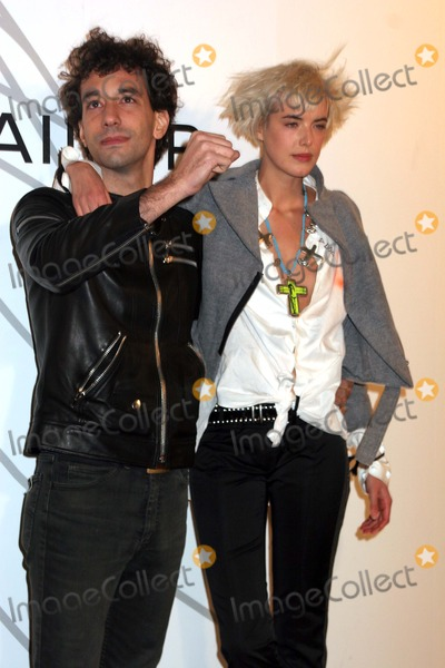 Albert Hammond Photo - Opening Party For Mobile Art Chanel Contemporary Art Container Rumsey Playfield Central Park New York City 10-21-2008 Albert Hammond Jr and Agyness Deyn Photo by Paul Schmulbach-Globe Photos Inc