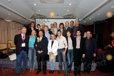 Julie Gayet Photo - Miptv Cannes 04-13-2005 Photo Laurent Loiseau-omedias-Globe Photos Inc 2005 Philippe Torreton Jeanne Moreau Julie Gayet Serena Autieri Eric Ruf