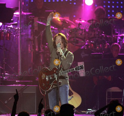 Tears for Fears Photo - the Andre Agassi 11th Annual Grand Slam For Children Fundraiser -Show at the Mgm Grand Garden Arena Las Vegas Nevada 10-07-2006 Photo by Graham Whitby Boot-allstar-Globe Photos Inc 2006 Roland Orzabal Tears For Fears