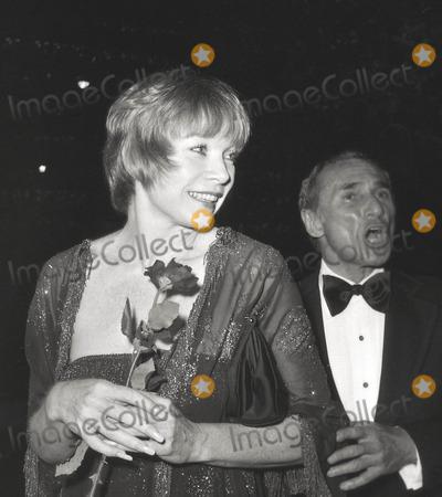 Arthur Laurents Photo - Shirley Maclainearthur Laurents Academy Awards 1978 Photo Nate CutlerGlobe Photos Inc