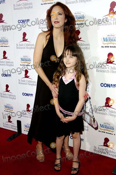Stella Ritter Photo - BEVERLY HILLS CA SEPTEMBER 15 2006 (SSI) - -Actress Amy Yasbeck and her daughter Stella Ritter during the RUNWAY FOR LIFE benefiting St Jude Childrens Research Hospital held at the Beverly Hilton Hotel on September 15 2006 in Beverly Hills California Michael Germana  GLOBE PHOTOS