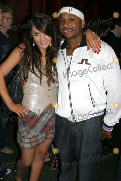 Karl Kani Photo - 2 B Frees Spring 2006 Collection - Arrivals Paramount Studios-new York Street Hollywood CA 10-15-2005 Photo Clintonhwallace-photomundo-Globe Photos Inc Niki Shadrow and Karl Kani