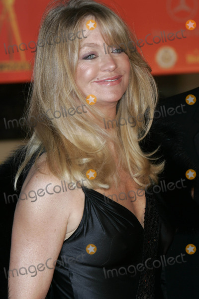 Goldie Hawn Photo - Goldie Hawn Goldene Kamera Awards Berlin 02092005 Roger HarveyGlobe Photos Inc